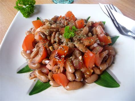 cuisiner haricots plats salade de haricots borlotti tomate et balsamique au fil