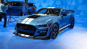 Ford Mustang Cobra : first 2020 ford mustang shelby gt500 sells for 1 1 million automobile magazine ~ Medecine-chirurgie-esthetiques.com Avis de Voitures