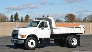 1997 Ford F700 5 Yard Dump Truck