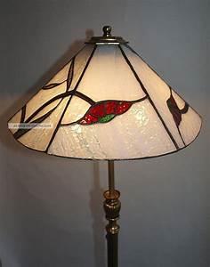 Stehlampe Mit Glasschirm : alte messing stehlampe mit tiffany glasschirm ~ Markanthonyermac.com Haus und Dekorationen