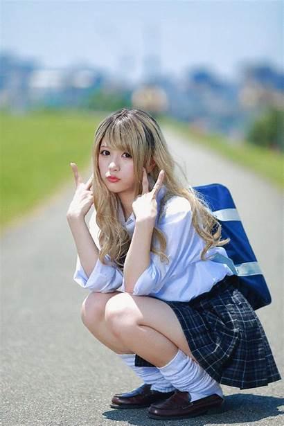 Crouching Asian Japan Pose Jepang Japanese Side