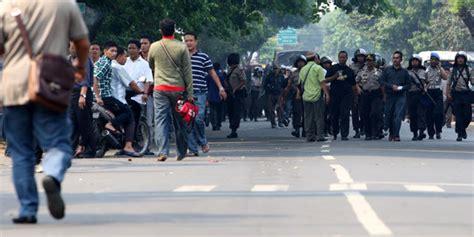 polisi  tni  sampit jaga rumah pelaku korban