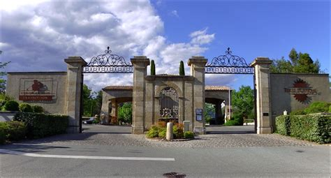 Terre Blanche Spa Var by 192 Tourrettes Var P 226 Ques En Famille 224 Terre Blanche Hotel