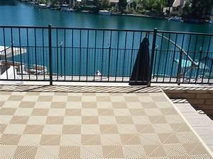Sol Pour Terrasse : dalle de sol pour terrasse et balcon installation facile ~ Edinachiropracticcenter.com Idées de Décoration
