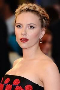 Scarlett Johansson Hairstyles: Scarlett's Best Hair Photos