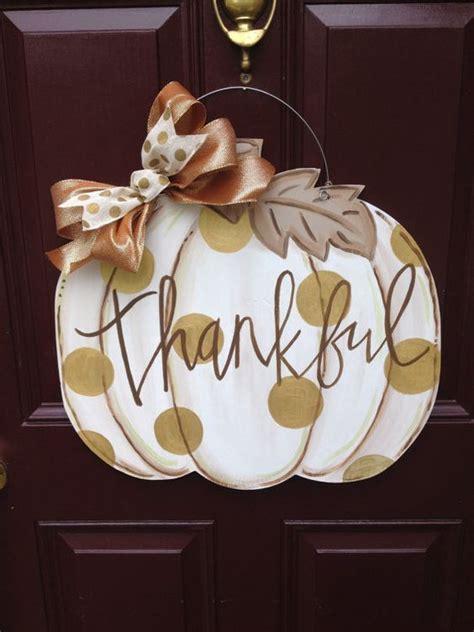 cute  simple fall door decor ideas shelterness