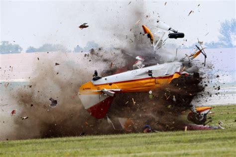 Photos: Plane crash at Ohio air show kills 2 | News ...