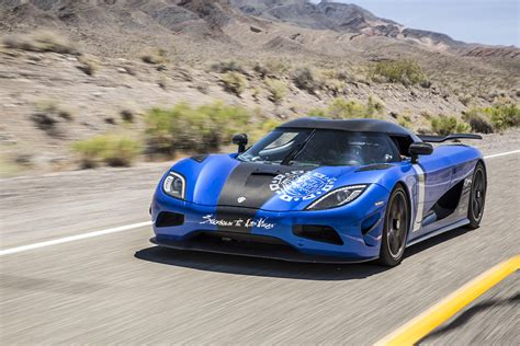 koenigsegg agera blue koenigsegg agera hh and lewis hamilton at the 2015 gumball