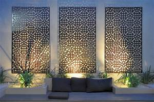 Grail Outdoor Screen and Wall Art - Contemporary