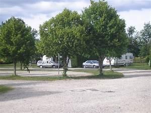 Trouver Un Camping : camping municipal les monts d 39 aubrac aubrac laguiole fr ~ Medecine-chirurgie-esthetiques.com Avis de Voitures