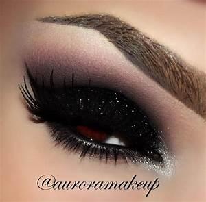 Black glitter eyeshadow | Beauty | Pinterest | Maquillaje ...