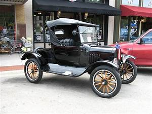 1925 Ford Model T - Information And Photos