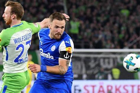 Heute steht das erste spiel beim 1. Czichos wechselt von Holstein Kiel zum 1. FC Köln