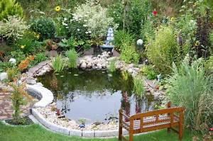 Kleiner Teich Im Garten : gartenteich planen und bauen ~ Markanthonyermac.com Haus und Dekorationen