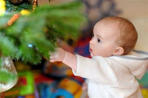 baby weihnachten das erste weihnachten mit baby liliput lounge