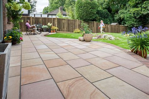 pictures of paving fairstone flamed narias garden paving marshalls co uk