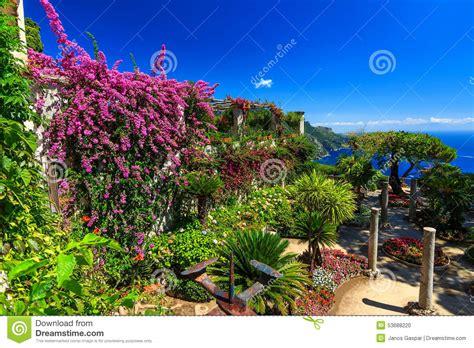 giardino di ravello l ornamentale ha sospeso il giardino giardini di rufolo