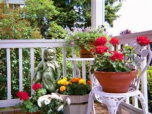 Filecontainer garden on front porchjpg for Front porch container gardening ideas