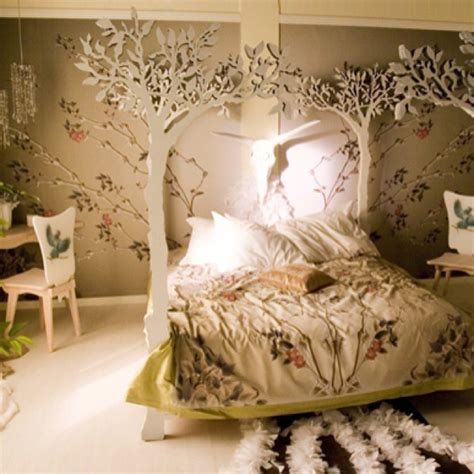 Forest Themed Bedroom (photos And Video
