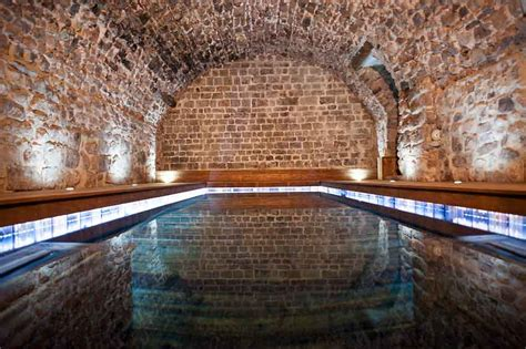piscine dans la chambre chambre d 39 hôtes avec piscine interieure var provence