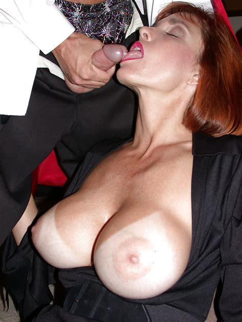Busty Milf Twyla Elvira Halloween Facial Pics Xhamster