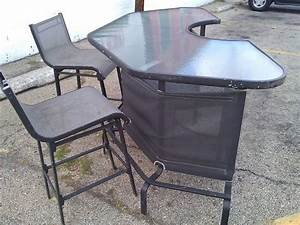Nice and Solid Patio Bar & Bar Stools all4u