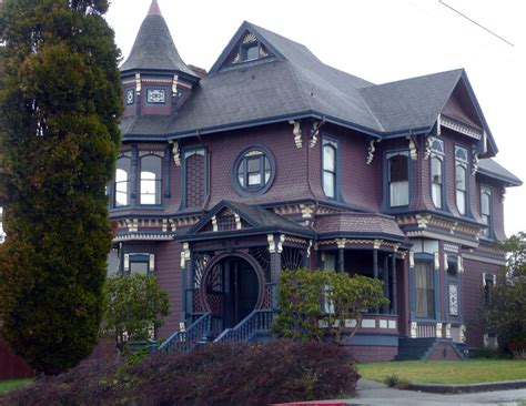 Victorian Homes, Clothing And Miscellaneous