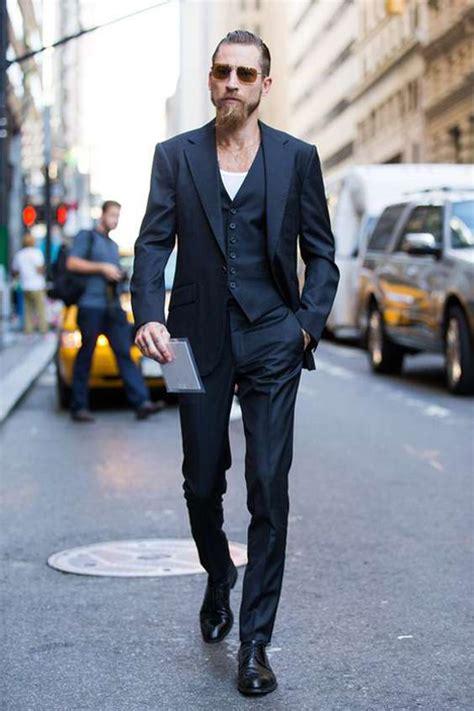 costume bleu chaussure marron comment allier pantalon et chaussures