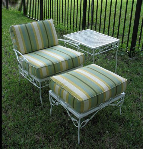 Metal Outdoor Patio Furniture by Vintage Metal Patio Furniture Laurensthoughts