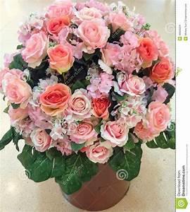 Bilder Von Blumenstrauß : gro er blumenstrau der gro en liebe der rosen stockfoto bild 49503224 ~ Buech-reservation.com Haus und Dekorationen