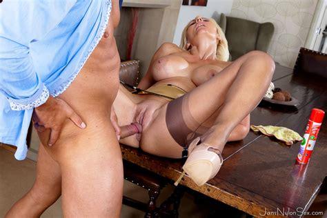 Busty Uk Blonde Jan Burton Screwing In Her Satin Six Strap