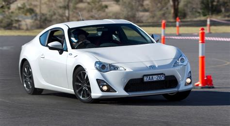 toyota  sedan approved  production  caradvice
