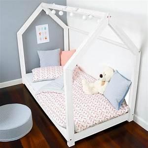 Kinderbett Haus 90x200 : die besten 25 bett 90x190 ideen auf pinterest floorbed stoffbettrahmen und kinderbett haus ~ Indierocktalk.com Haus und Dekorationen