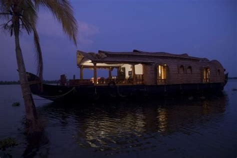 Kerala Boat House For Couples by Kerala House Boat Kerala Tourism Kerala Houseboat