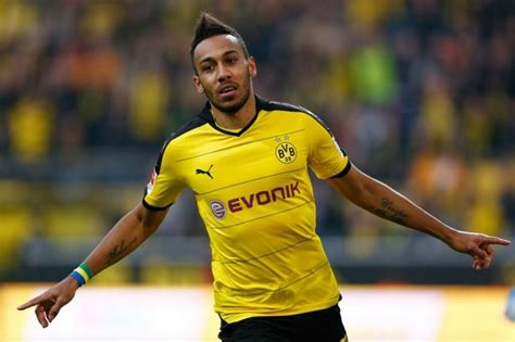 Manchester City set to sign Pierre-Emerick Aubameyang in £ ...