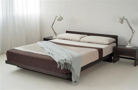 Kumo Low Oriental Bed With Headboard