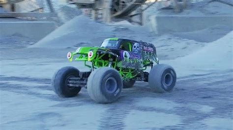 rc monster truck freestyle 1000 images about my love of rc on pinterest radios