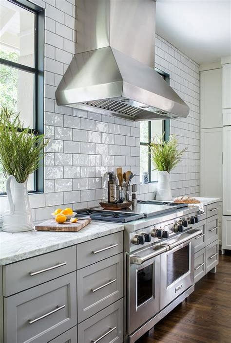 light gray kitchen cabinets light gray kitchen cabinets with white and gray granite