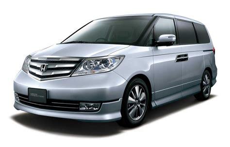 Honda Elysion (2010 Facelift, Rr1rr6) Photo Gallery