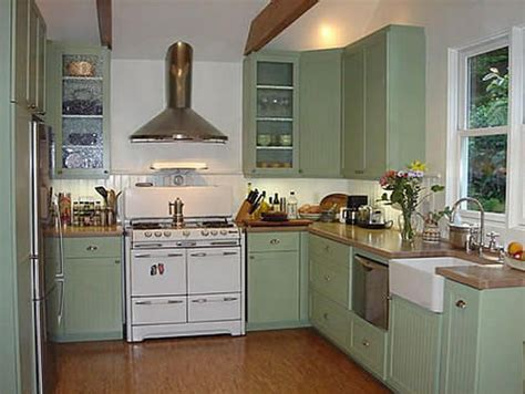 colored kitchen cabinets with white appliances 34 best images about green kitchens on green 9830