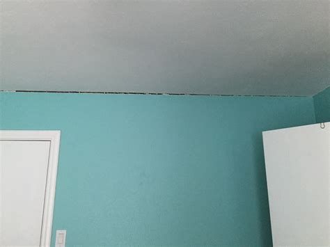 between wall and ceiling www energywarden net