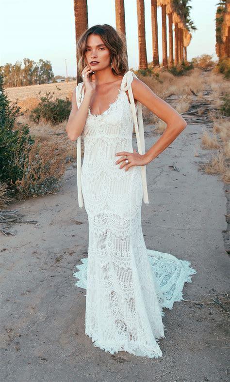 Okeeffe Backless Lace Bohemian Wedding Dresses Open