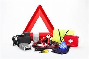 Assurance Auto Obligatoire : auto que doit contenir votre kit de s curit ~ Medecine-chirurgie-esthetiques.com Avis de Voitures