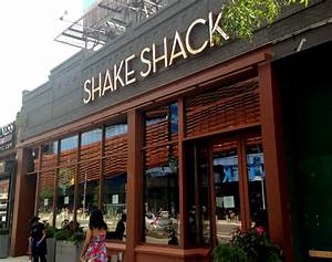 Shake Shack now open on Flatbush across from arena