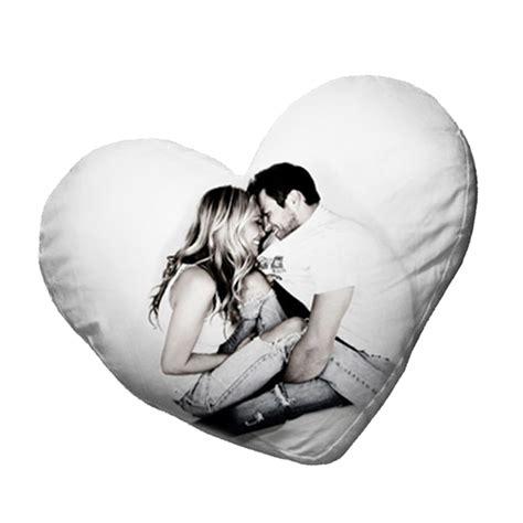 cuscino cuore cuscino a cuore bianco asso di cuori studio fotografico