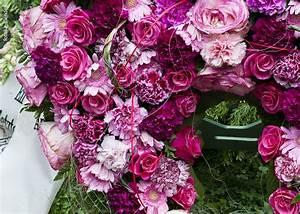 Trauer Blumen Bilder : trauer blumen risse ~ Frokenaadalensverden.com Haus und Dekorationen