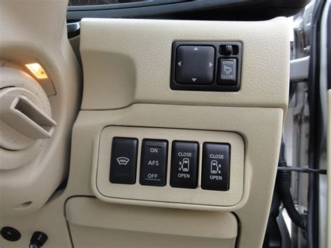Nissan Elgrand Hd Picture by 2005 Nissan Elgrand E51 Pictures Information And