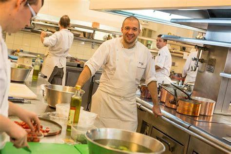 le chef cuisine bricq attaque la cuisine de l 39 elysée le chef réplique