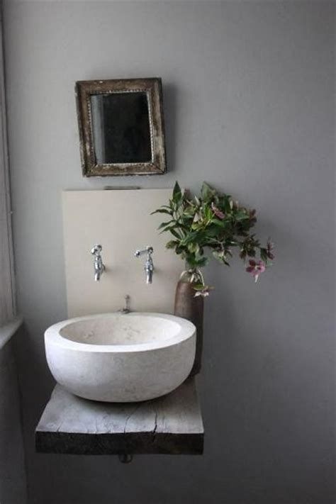 Bathroom Sinks For Small Bathrooms by Modern Bathroom Sinks To Accentuate Small Bathroom Design