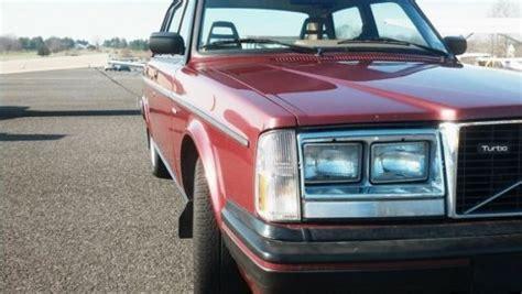 buy   volvo  glt sedan  door  original